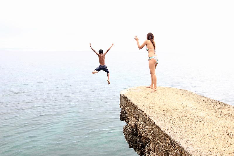 Cliff Jumping at Buho Rock