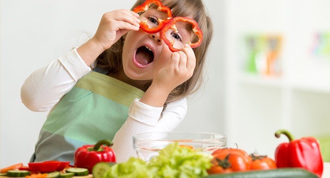 Creative Ways in Giving Your Kids The Healthy Stuff