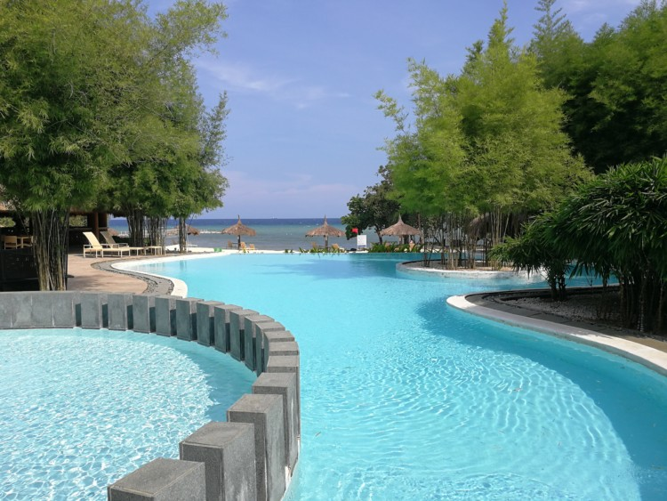 Bluewater Panglao Beach Resort