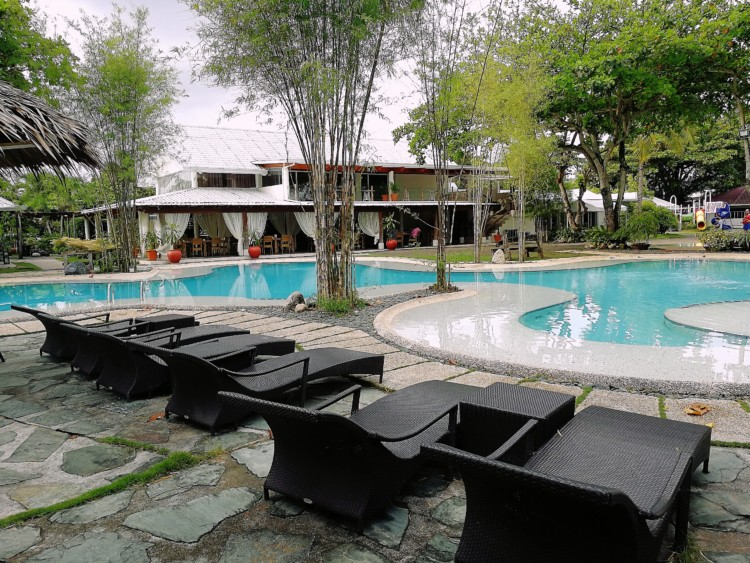 Almont Inland Resort