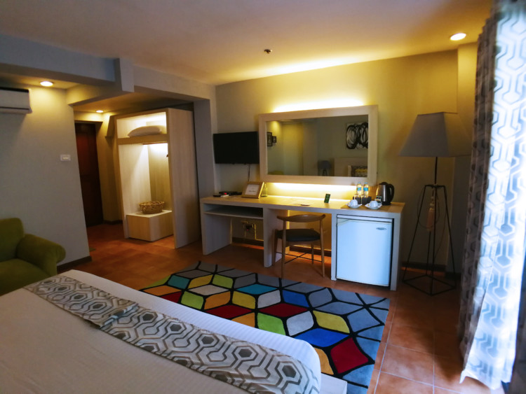 Almont City Hotel