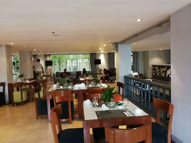 3 Reasons To Dine & Unwind at Almont City Hotel 6