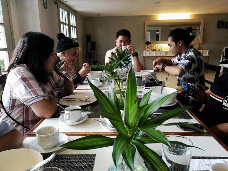 3 Reasons To Dine & Unwind at Almont City Hotel 7