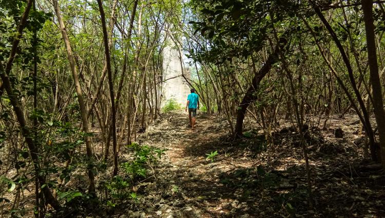 Trekking in Sumilon Island - 5 Reasons 3