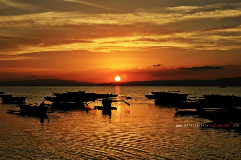 Of Orange and Red: Buagsong Sunsets