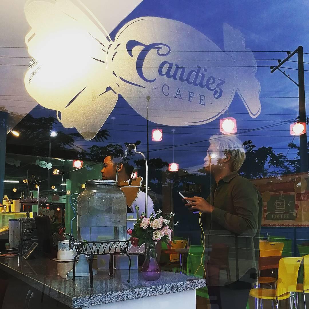 Candiez Café