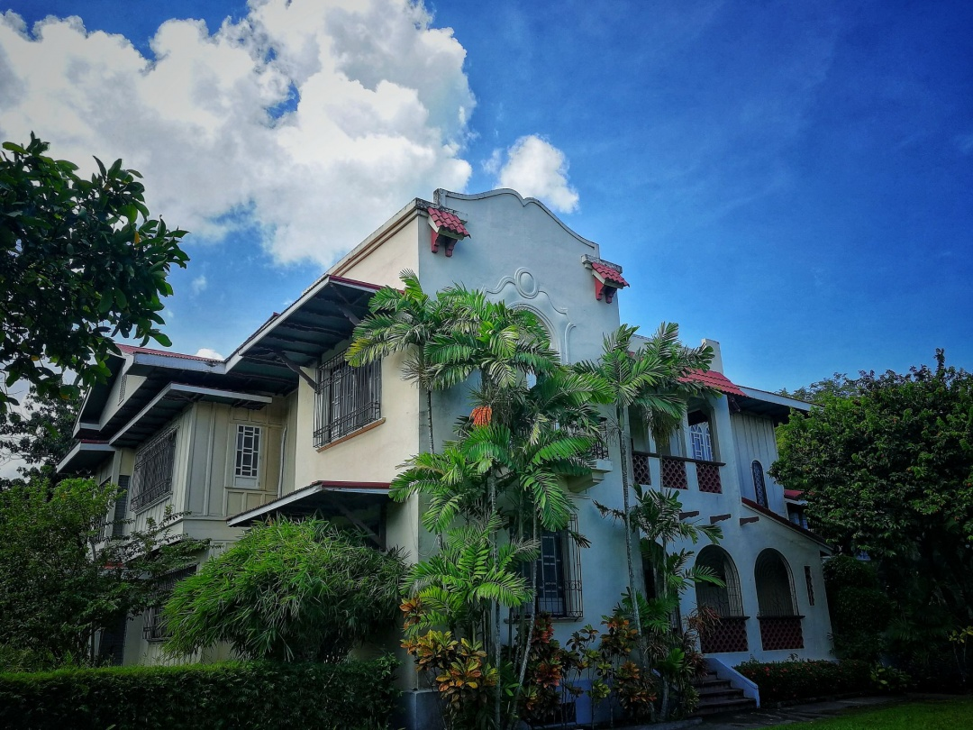 German Locsin Unson Ancestral House