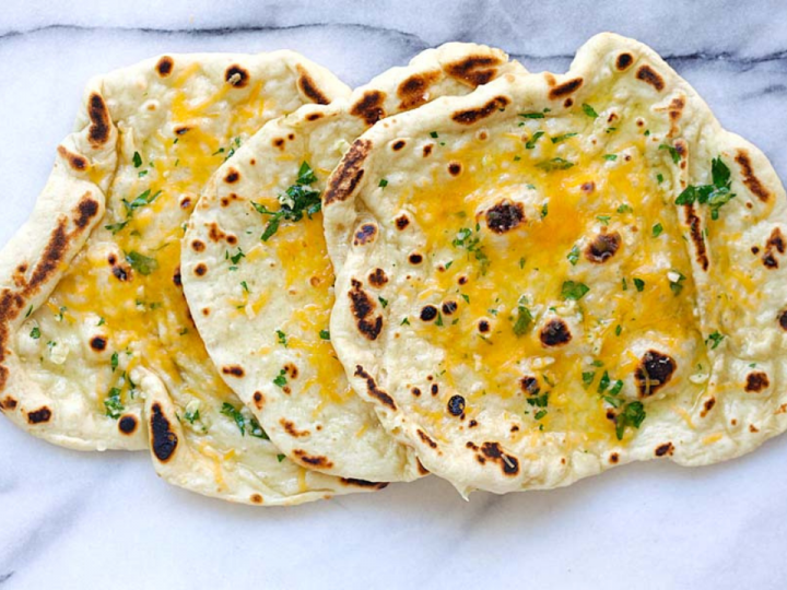 How to Make Cheesy Garlic Naan to Enjoy with Your Curry